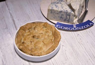 _1 Pie di gorgonzola con speck e pere